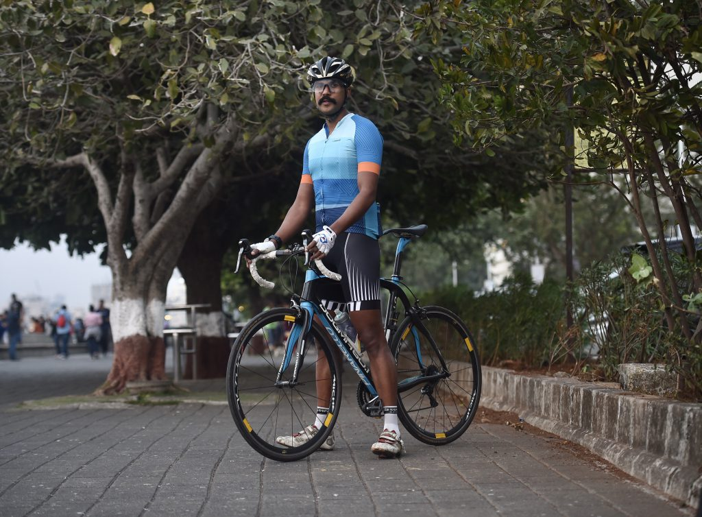 The fitting of heini cycling jersey as tested by Sumit Patil.