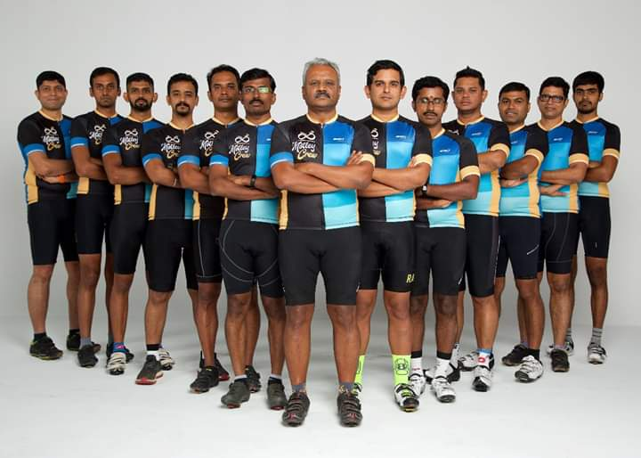 motley crew cycling group india